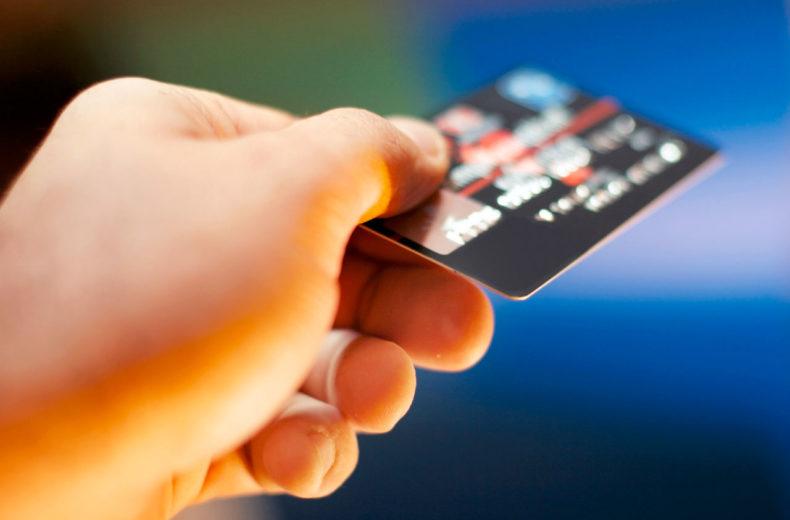 Кредит на карту без отказа, без проверки и мгновенно