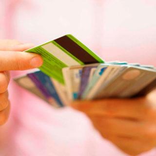 10 лучших кредитных карт без справок о доходах и поручителей