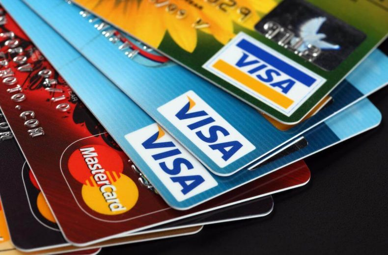 Как выбрать кредитную карту правильно